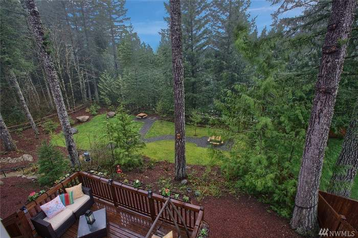 Surprising 3536 Se 16Th St North Bend Wa 98045 5 Beds 2 5 Baths Home Interior And Landscaping Mentranervesignezvosmurscom