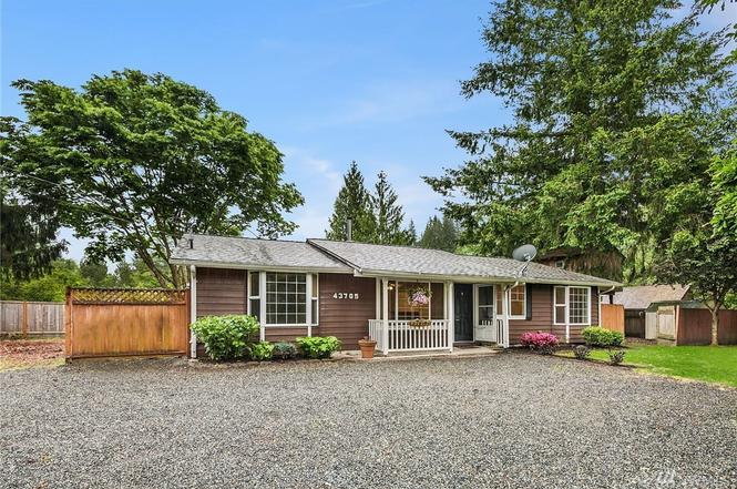 43705 SE 149th St, North Bend, WA 98045