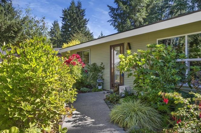 321 White Pine Dr, Bremerton, WA 98310 | MLS# 1183206 | Redfin