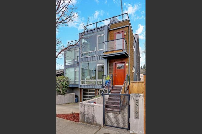 2610 Marine Ave SW Unit B, Seattle, WA 98116