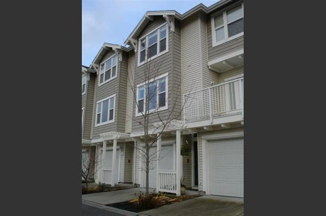 48 48 Ave SE 48 Bellevue WA 48 MLS 48 Redfin Adorable 2 Bedroom Apartments Bellevue Wa Painting