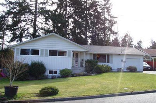 704 Fir Park Lane, Tacoma, WA 98466 - 4 beds/2 5 baths