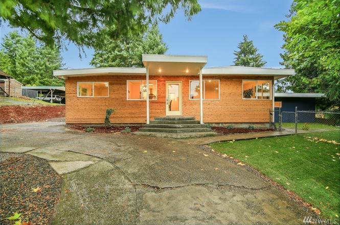 15505 Wallingford Ave N, Shoreline, WA 98133 - 4 beds/2.75 baths