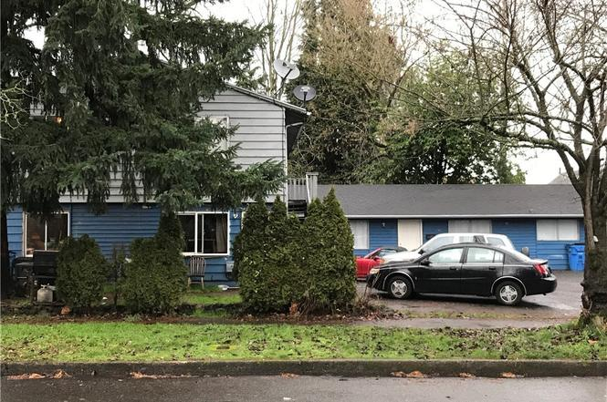 mobile homes for sale vancouver wa with 14602343 on 14590226 furthermore 7905 Ne 156th Pl Vancouver Wa Small 024 24 7905 Ne 156th Pl 666x453 72dpi in addition 57500 Secluded 55  munity North Vancouver besides Luxury Living On Lake Union Se likewise Lake Union Floating Home Vandeventer Carlander Architects.