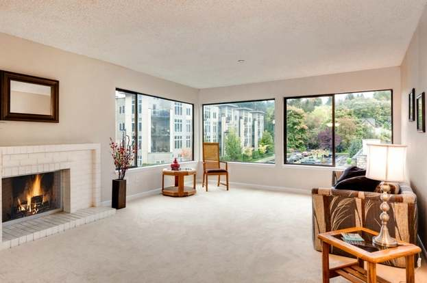 48 SE 48rd St 4807 Bellevue WA 48 MLS 48 Redfin Stunning 2 Bedroom Apartments Bellevue Wa Painting