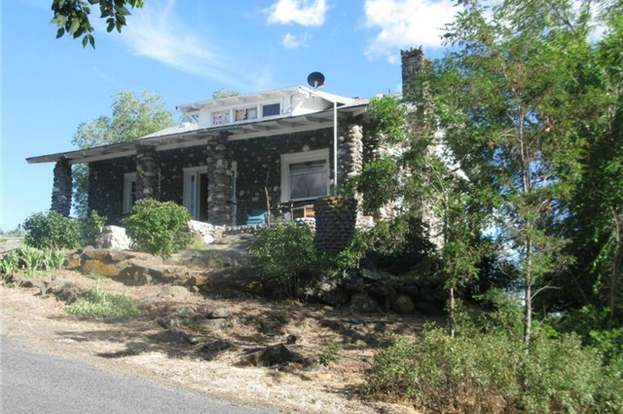421 1st Ave SE, Soap Lake, WA 98851 - 4 beds/3.5 baths Find House Plans Hemlock North Soap Lake Wa My on