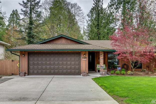 13423 Quil Scenic Dr, Marysville, WA 98271 - 3 beds/2 5 baths