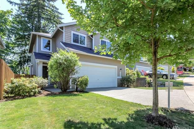 757 Ebbets Dr SW, Tumwater, WA 98512 - 3 beds/2 5 baths