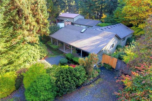 2613 70th Ave SW, Tumwater, WA 98512 - 3 beds/2 baths