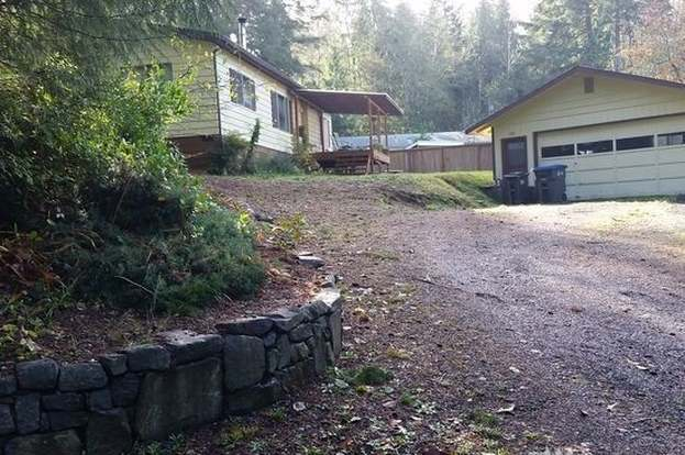 120 E Hillside Dr, Belfair, WA 98528