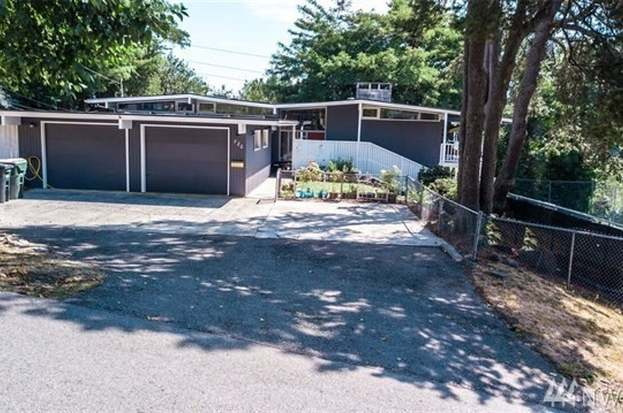 720 5th Ave SW, Tumwater, WA 98512 - 4 beds/2 5 baths