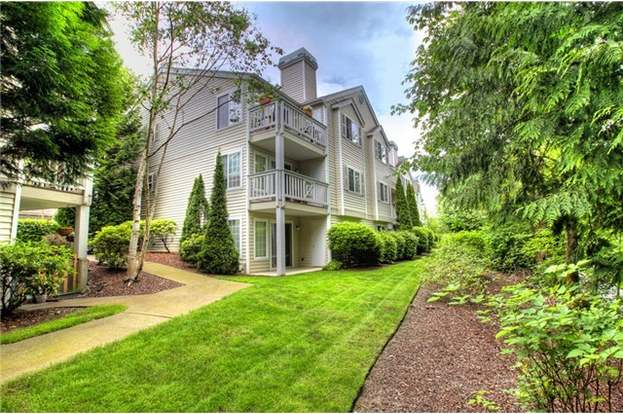 48 48th Ave SE Unit B48 Bellevue WA 48 MLS 48 Redfin Fascinating 2 Bedroom Apartments Bellevue Wa Decor Painting