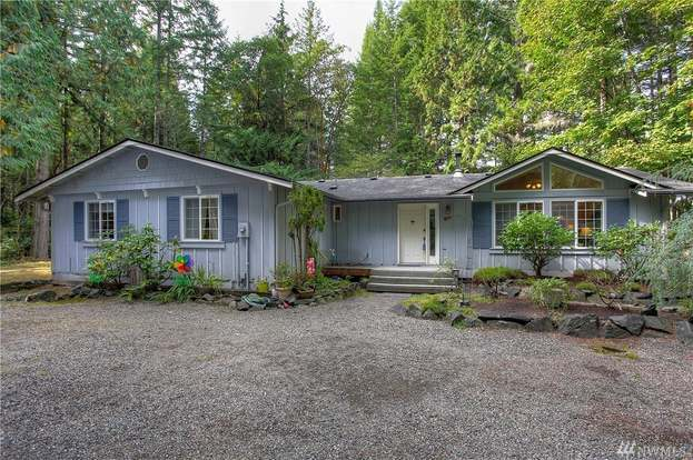 6712 NW 103rd St Ct, Gig Harbor, WA 98332 3 beds2.5 baths