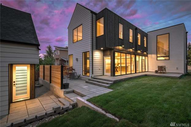 4408 S Holly St, Seattle, WA 98118 - 5 beds/4 baths Rafter Spacing Holly Park Mobile Home on