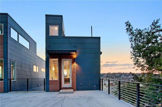 2604 14th Ave W, Seattle, WA 98119