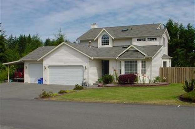 8563 Covina Lp NE, Bremerton, WA 98311 - 4 beds/2 5 baths