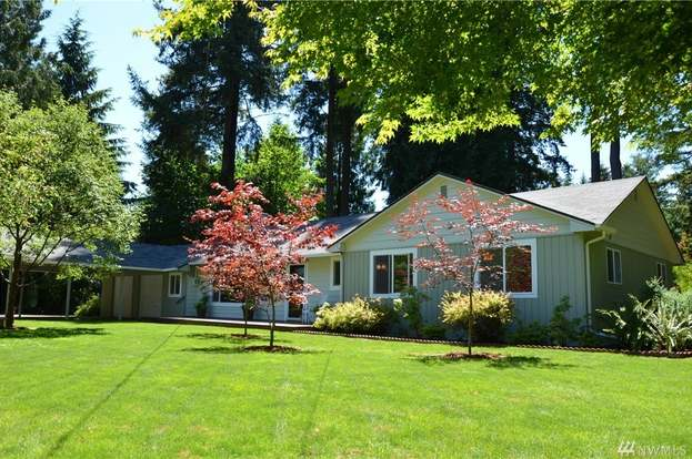 423 89th Ave SW, Tumwater, WA 98512 - 3 beds/2 baths