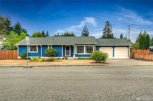 421 5th Ave SW, Tumwater, WA 98512 - 3 beds/2 baths
