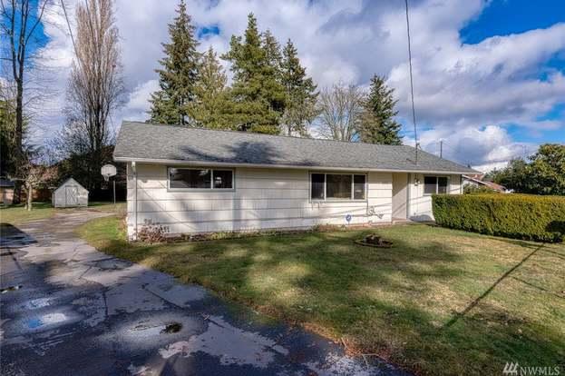 4901 216th Pl SW, Mountlake Terrace, WA 98043 - 3 beds/1 bath