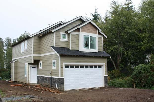 210 99th Place SW, Everett, WA 98204 - 3 beds/2.5 baths