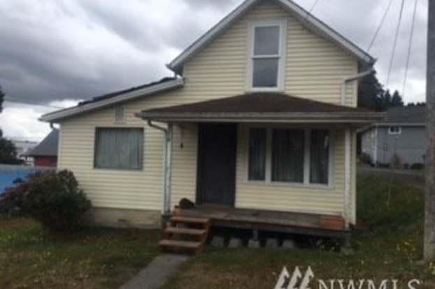 2228 Main St, Everett, WA 98203 | MLS# 1359973 | Redfin Mobile Homes For Sale In Everett Wa on furniture in everett wa, apartments in everett wa, weather in everett wa,