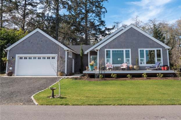 607 Chinook Ave SE, Ocean Shores, WA 98569 - 3 beds/1 75 baths