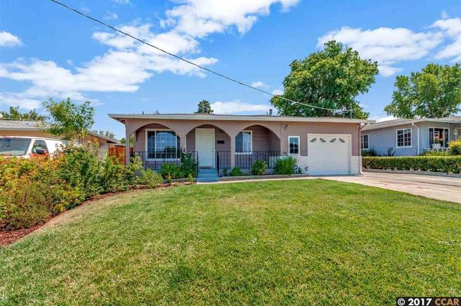 15 seeno st pittsburg ca 94565 mls 40792025 redfin for Kitchen cabinets 94565