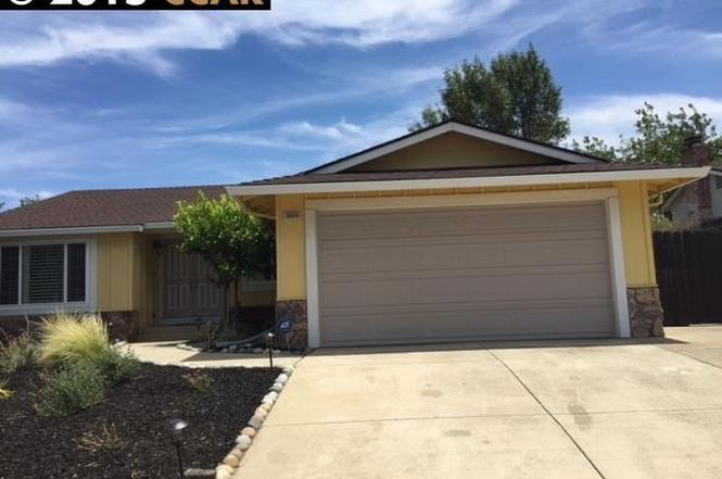 2233 san remo way pittsburg ca 94565 mls 40705426 for Kitchen cabinets 94565