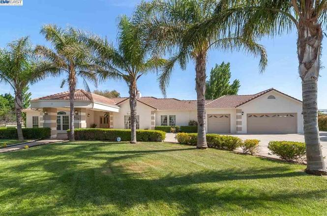 Homes For Sale In Tracy Ca Redfin