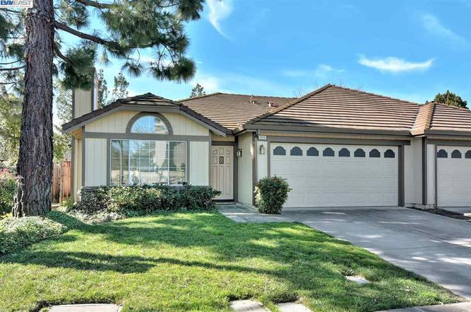 2806 Garden Creek Cir, Pleasanton, CA 94588