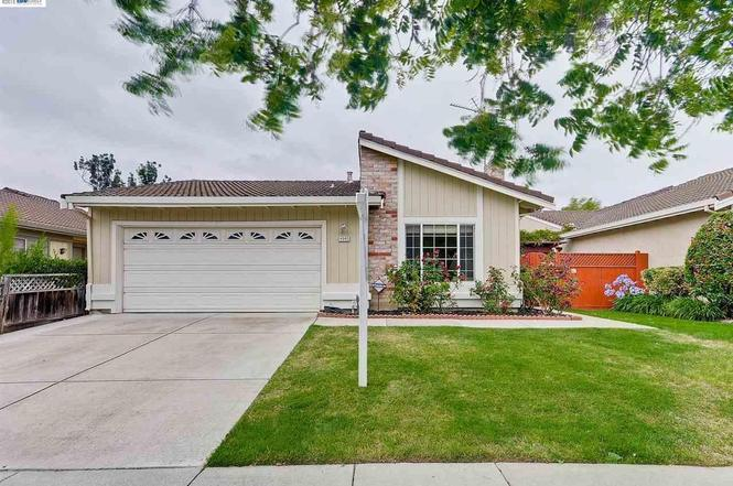 4940 FRIAR Ave, Fremont, CA 94555 | MLS# 40706804 | Redfin