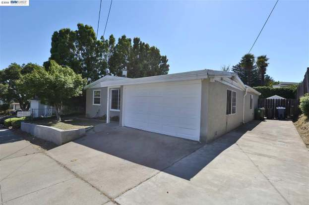 17943 Redwood Rd Castro Valley Ca 94546 Mls 40747652 Redfin