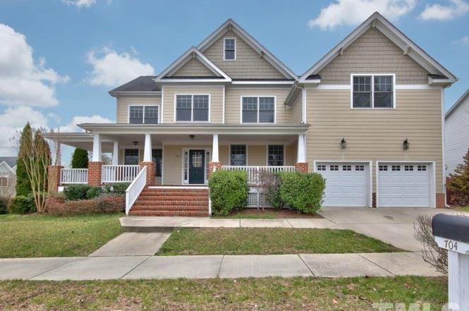 704 Alden Bridge Dr Cary Nc 27519 Mls 2047890 Redfin