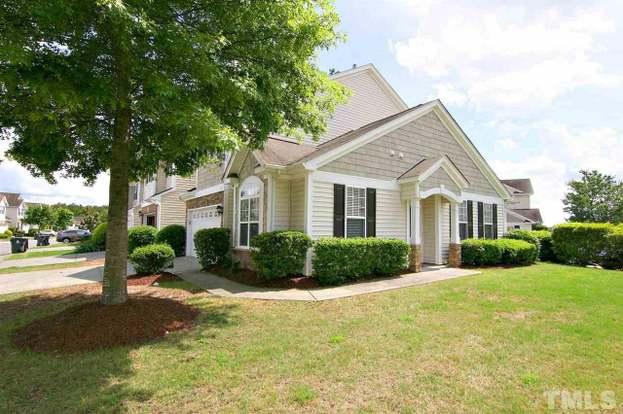 200 Courthouse Dr, Morrisville, NC 27560 - 2 beds/2 5 baths