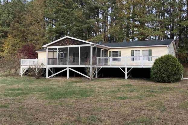 644 Kenan Rd, Louisburg, NC 27549 - 3 beds/2 baths