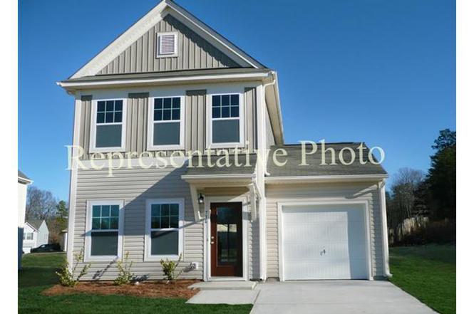 7643 Monarch Birch Ln, Charlotte, NC 28215 | MLS# 3104119 | Redfin
