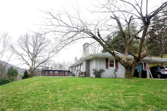 517 Valley Rd, Spruce Pine, NC 28777 | MLS# 3608468 | Redfin
