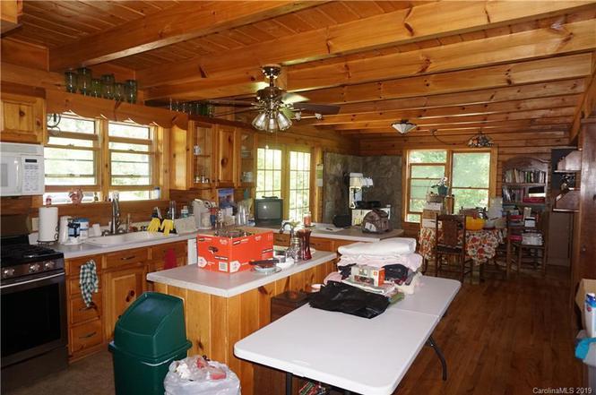 673 Lynn Gap Rd, Spruce Pine, NC 28777 | MLS# 3526828 | Redfin