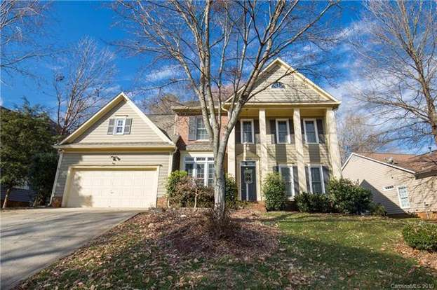 6231 Hickory Cove Ln Charlotte Nc 28269 Mls 3459494 Redfin