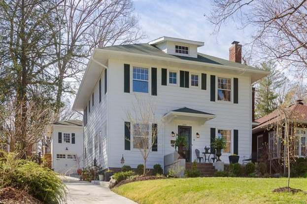 1523 Druid Hills Ave, Hendersonville, NC 28791 - 3 beds/3 baths