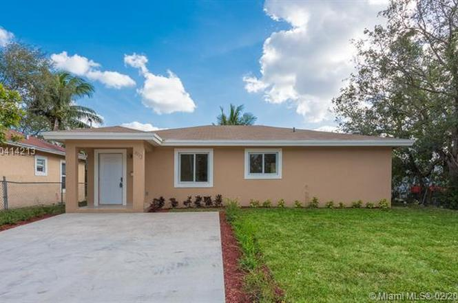 Swell 1912 Nw 87Th St Miami Fl 33147 3 Beds 2 Baths Home Interior And Landscaping Eliaenasavecom