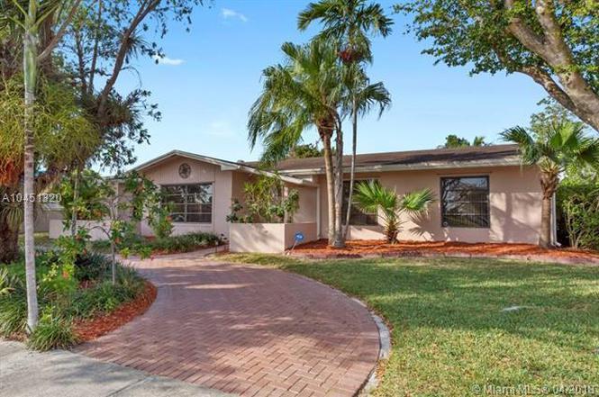 12321 SW 106th St, Miami, FL 33186