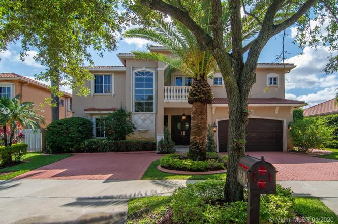 16641 NW 77th Pl, Miami Lakes, FL 33016 | MLS# A10672332 ...