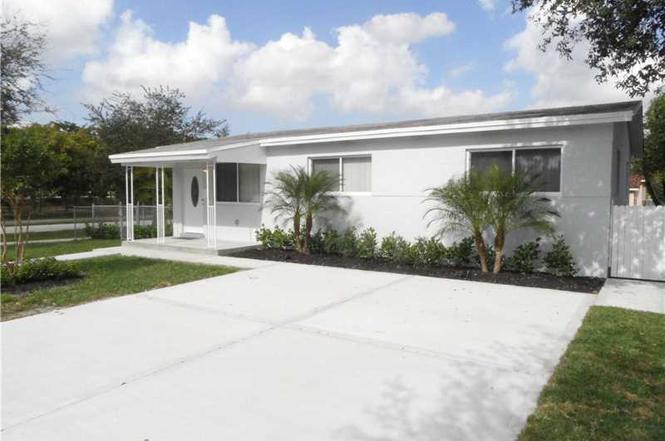 6695 NW 38 Ter, Virginia Gardens, FL 33166