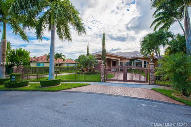 3352 SW 134th Pl, Miami, FL 33175 | MLS# A10147458 | Redfin