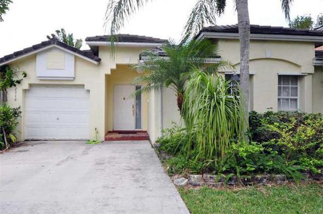 12316 SW 146 St, Miami, FL 33186