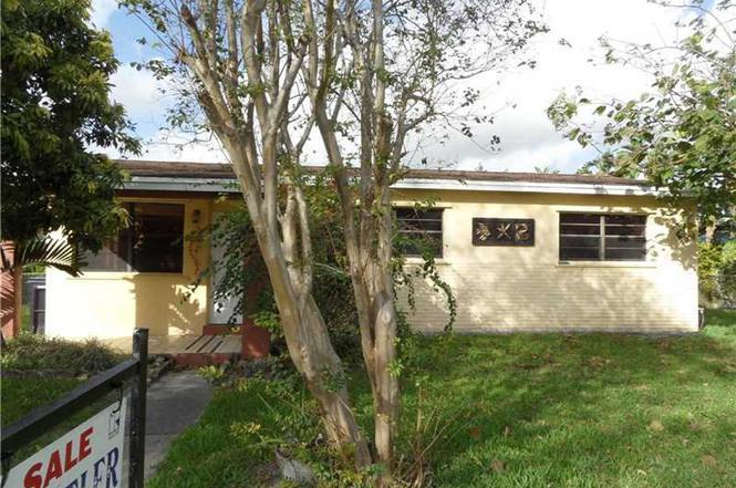 6655 NW 38th Ter, Virginia Gardens, FL 33166