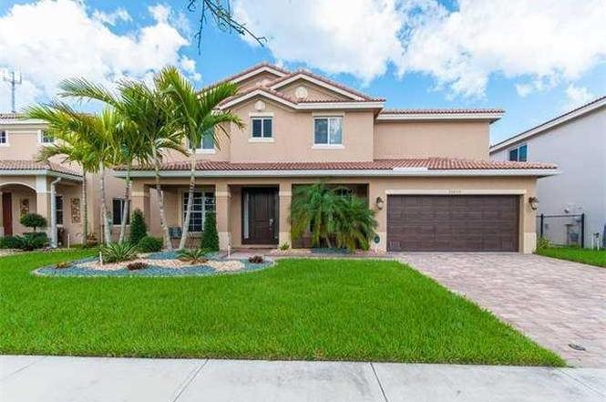 Marvelous 20609 NW 14 Pl, Miami Gardens, FL 33169 | MLS# A1981944 | Redfin Images