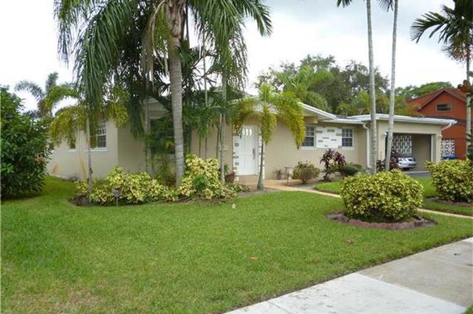 340 NW 206 Te, Miami Gardens, FL 33169 | MLS# A2188948 | Redfin
