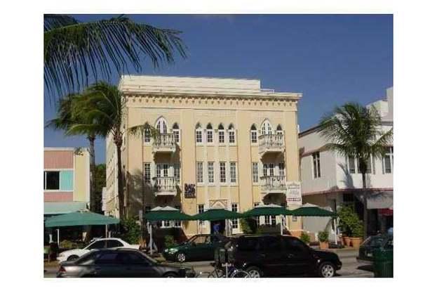 918 Ocean Dr 209 Miami Beach Fl 33139